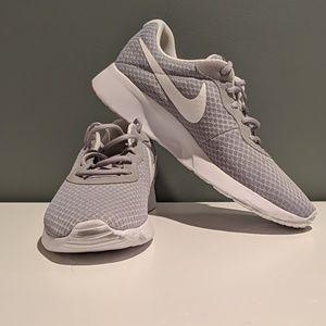 Nike Women's Grey Tanjun Shoe